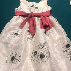 Beautiful flower girls dress